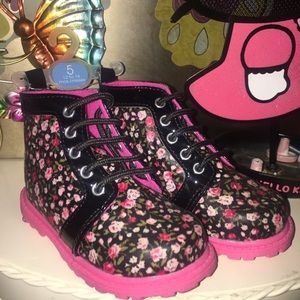 Waterproof floral boots size 5 little girl toddler
